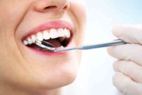 Simon Darfoor Dental - A dental implant with a ceramic crown and consultation - Save 59%