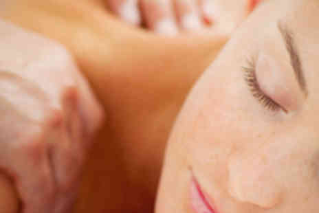 The Beauty Parlour - Hour Long Full Body Swedish Massage - Save 63%