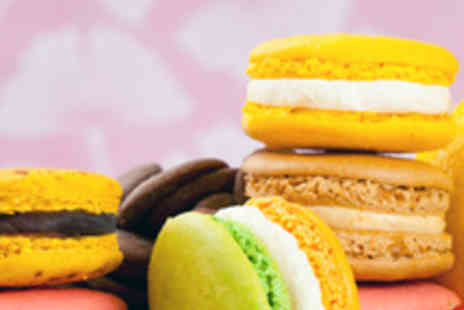 Lorchidee - Gift Box of 18 Macarons with 100g of French Blend - Save 50%