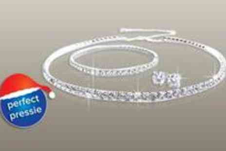 Antwerp Jewels - Stunning Tri Set made with SWAROVSKI ELEMENTS - Save 92%