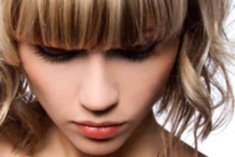 Head Kandy - Half Head of Highlights Haircut and Finish - Save 58%