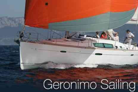 Geronimo Sailing - Four Hour Sailing Experience On The Clyde with Breakfast or Lunch for £55 - Save 66%