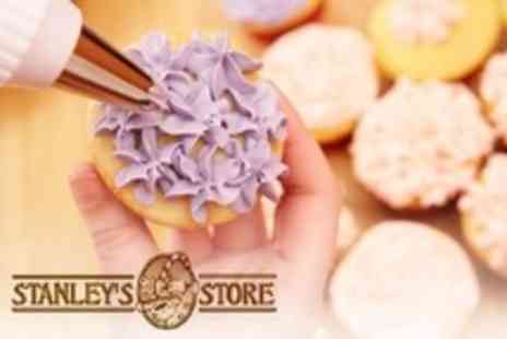 Stanleys Store - Cupcake Decorating Class For One - Save 33%