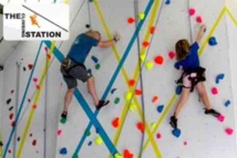 Loughborough Climbing Wall - 90 Minute Climbing Introduction Plus Tea and Cake for One - Save 62%