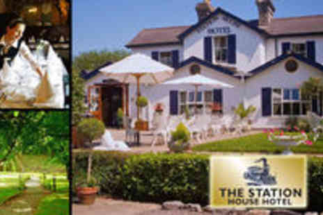 Station house Hotel - B&B for 2 with a Late Checkout plus a Bottle of Prosecco - Save 52%
