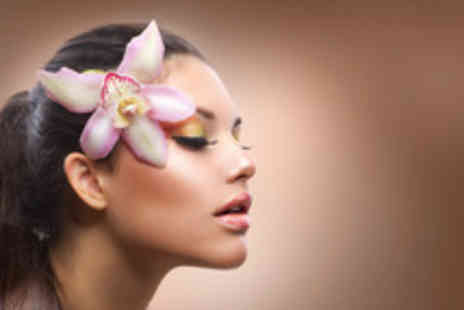 Lulus Beauty - Luxury 60 minute prescriptive facial - Save 75%