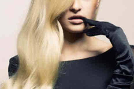 Headquarters Hair - Restyle, Blow Dry, and Deep Conditioning Treatment - Save 74%