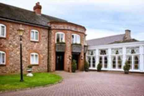 The Shires Restaurant - Award Winning Dinner for 2 with Bubbly - Save 52%