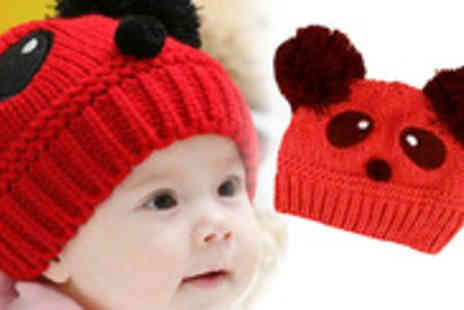 UKCJS - Match the cuteness of your little one with this adorable Panda Style Beanie Hat - Save 70%