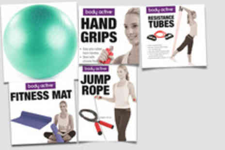 UTC London - Home workout set including gym ball, mat, hand grips, jump rope & tubes - Save 47%