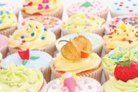 Cakes By Deborah - 2½ Hour cake decorating workshop for 1 person - Save 50%