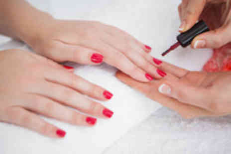Envisage Beauty - 16 week Nail Services Edexcel Level 2 NVQ course - Save 60%