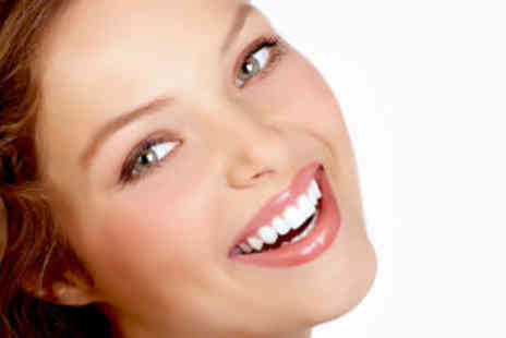 Q Clinic - Voucher to spend on Invisalign Teeth Bracing technology - Save 94%