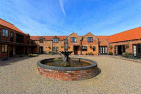 Norton Lodge - Two night Lincoln country stay for 2 including breakfast - Save 43%