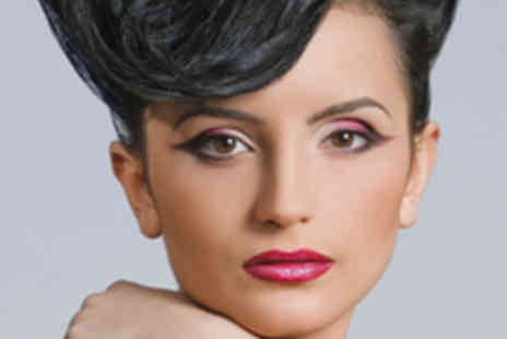 Sculpt Hair Gallery - Vintage Hairstyling Course with Tea and Cakes - Save 65%
