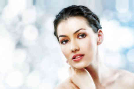 Manchester Laser Clinic - Softlight Laser peel - Save 79%