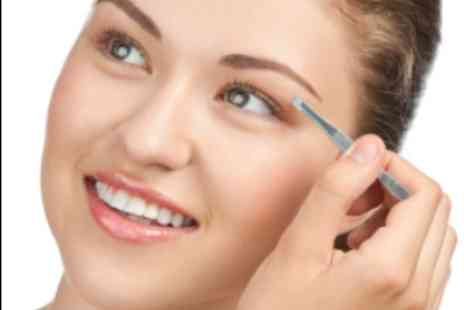 Fabulash - Two HD brow sessions with Fabulash - Save 61%