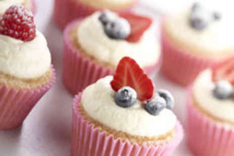 Licks Cake Designs - 2 ½ hour cupcake decoration workshop inc a box of 9 cupcakes to take home - Save 68%