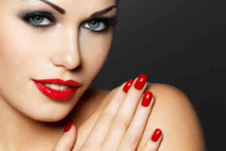 Infinity Allure - Pamper package including 3D brows & Shellac mani pedi - Save 76%