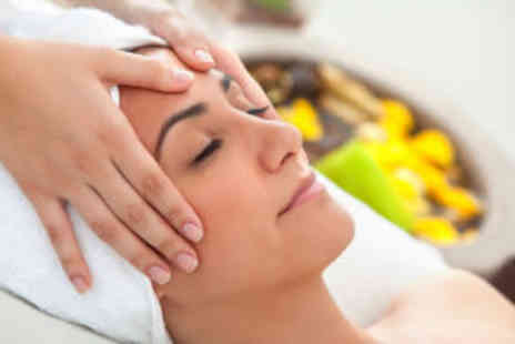 Fusion Hair and Beauty - Express facial and glass of bubbly - Save 69%