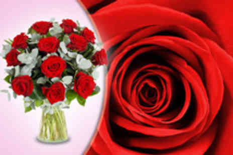 Flowers & Plants Direct - Luxury bouquet of 12 red roses treat your Valentine - Save 62%