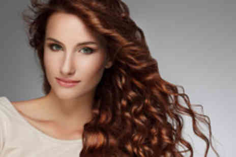 Brazil Hair and Beauty - Cut, blow dry & Macadamia treatment - Save 58%
