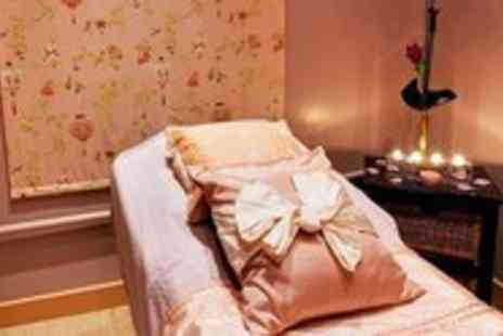 Beauty Temple - Massage, Facial, Bubbly & Chocs - Save 57%