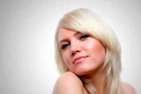 Samuel David Hairdressing - Cut and restyle - Save 64%