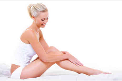 The Beauty Suite - £10 for a £40 waxing voucher - Save 75%