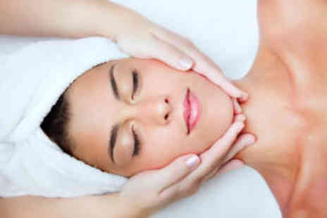 Envisage Beauty - Massage and facial - Save 71%