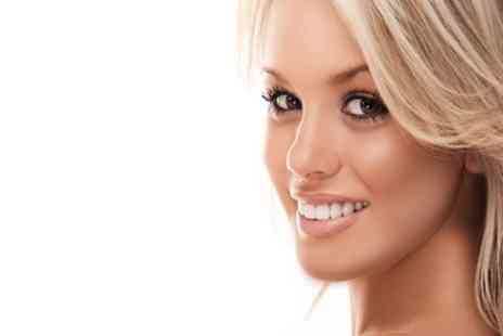 100% Glamour - Non Surgical Face Lift plus a Massage - Save 65%