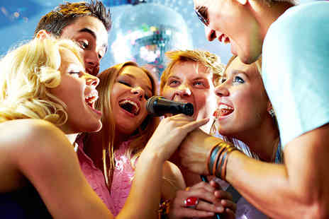 Walkabout Nottingham - Private karaoke booth for up to 15 people and a glass of bubbly - Save 74%