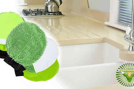 SVB Shops BV - Take the stress out of household jobs with the GreenMachine 4-in-1 cleaning glove - Save 50%