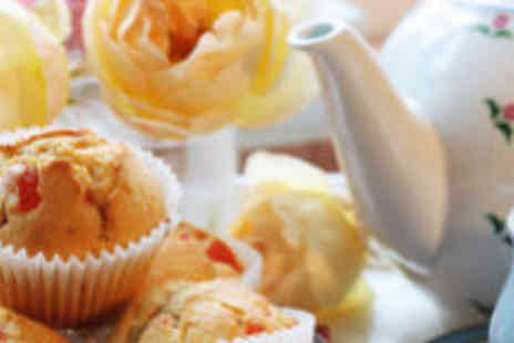 Sunshine Bakery - Cupcake lesson and afternoon tea  - Save 63%
