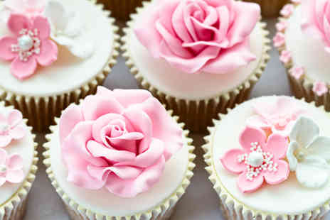 Icing on the Cake - 2 Hour cake decorating class plus 6 cupcakes to take home with Icing on the Cake - Save 64%