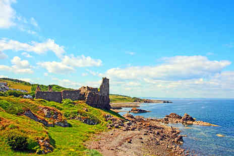 Dunure Inn - 2 Night Stay for 2 including 2 course dinner, glass of wine & breakfast - Save 53%