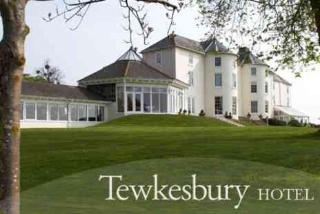 Tewkesbury Park Hotel - In Gloucestershire One Night 4star Stay For Two With Breakfast Plus Spa Access or Golf - Save 72%