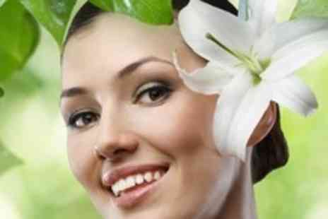 Blossom Cosmetic - £137.50 For a £275 Voucher Towards Choice of Facial Injections - Save 50%
