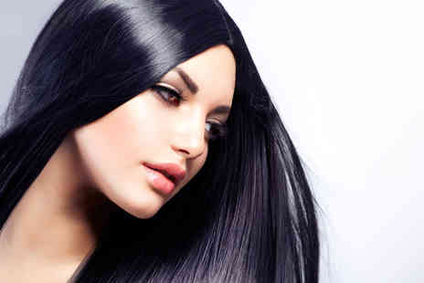 Yvonne - Cut, Blow dry & Conditioning Treatment - Save 67%