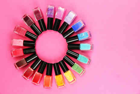 Zuvo - Pack of 24 London Girl nail polishes in various colours - Save 74%