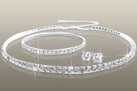 Antwerp Jewels - Stunning tri set made with SWAROVSKI ELEMENTS - Save 89%