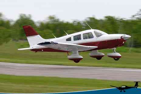 Hinton Pilot Flight Training - Light Aircraft Flying Lesson Northamptonshire - Save 67%