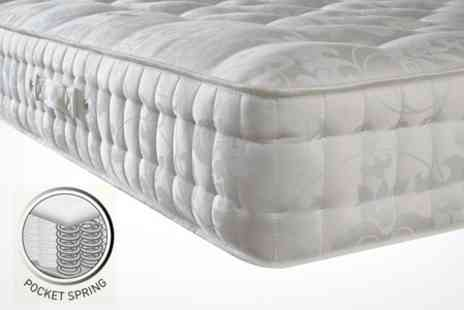 Beds and Mattress World - 3000 Pocket Sprung Mattress with Layer of Memory Foam - Save 70%
