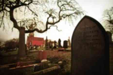 Supermongrel Photography - 2.5 hour graveyard photography class - Save 58%