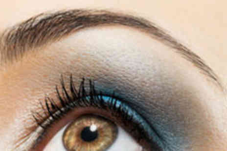 Evolution - Eyebrow Tint and Threading Package - Save 63%