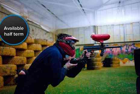 Urban Paintball - Indoor paintballing for four people, with 100 balls per person - Save 95%