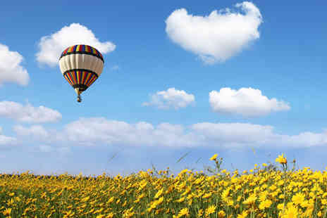 Alba Ballooning - One hour hot air ballooning experience bubbly & certificate - Save 41%