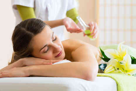 William Anthony - 75 minute full body & face massage plus use of all facilities - Save 55%