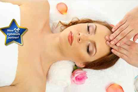 Murray Dark Treatments - Chioce of two twenty minute massages - Save 77%