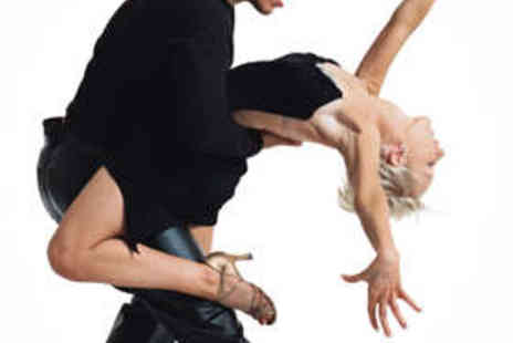 Rio Zouk Fusion - 12 Dance Classes - Save 86%